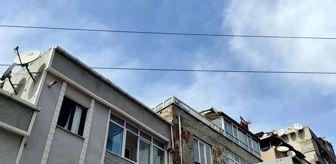 Fevzi Çakmak: Küçükçekmece'de çatıda güvercin uçururken yüksek gerilim hattına temas eden çocuk hayatını kaybetti