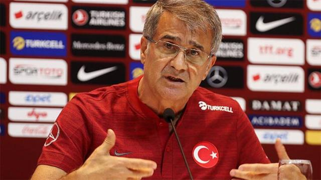 Coach Şenol Güneş received a harsh response to the claims that the premiums were distributed to the National Team.