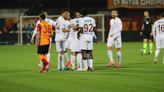 The lion is shattered on the way to the championship!  Galatasaray lost to Hatay 3-0 on the road