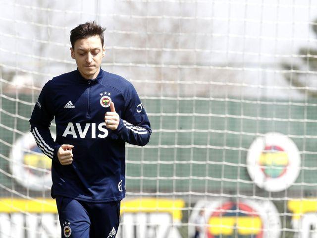 Fenerbahçe'de Denizlispor maçı hazırlıkları devam etti