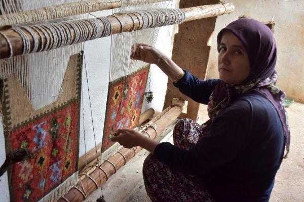ANTALYA Tarih ve kültür hazinesi Barak kilimlerini yaşatmaya çalışıyorlar