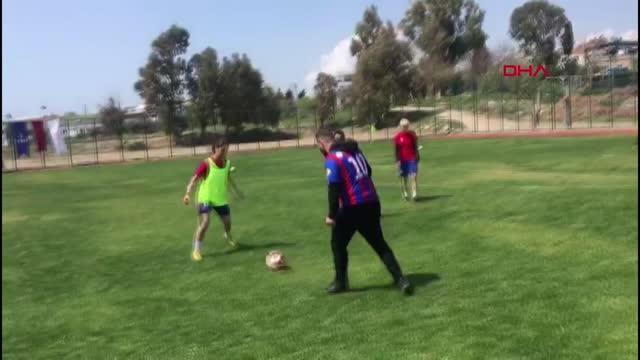 SPOR Hasan Şaş'tan kadın futbolculara antrenörlük sözü