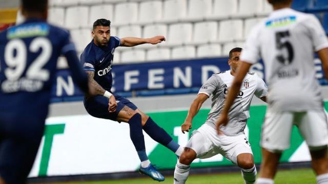 Beşiktaş'a gol atıp kadro dışı kalan Aytaç, şimdi de kulüpten kovuluyor