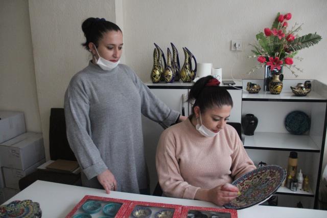 İki kız kardeş devlet desteğiyle işlerinin patronu oldu
