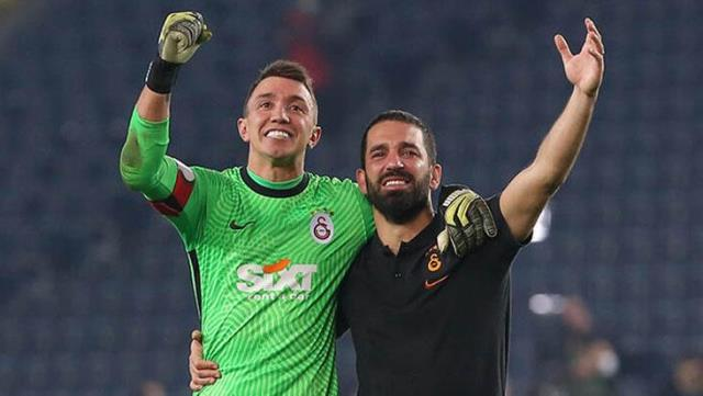 Captains Muslera and Arda blew on their teammates after their defeat in Hatay