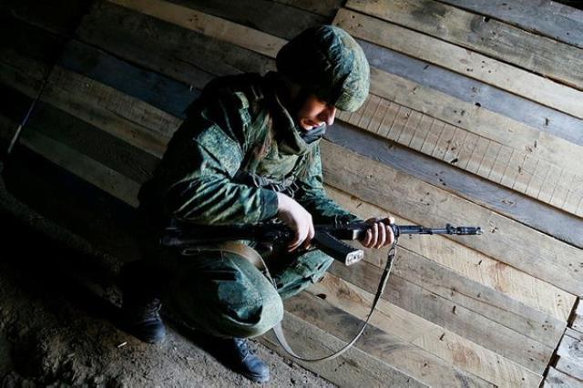 Dünyanın gözü Donbas'ta! Rusya ve Ukrayna arasında tansiyon yükseldi, çıkan çatışmada 2 asker öldü