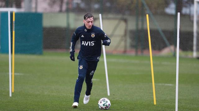 All tests turned negative in Fenerbahçe, and Mesut Özil accelerated the work.