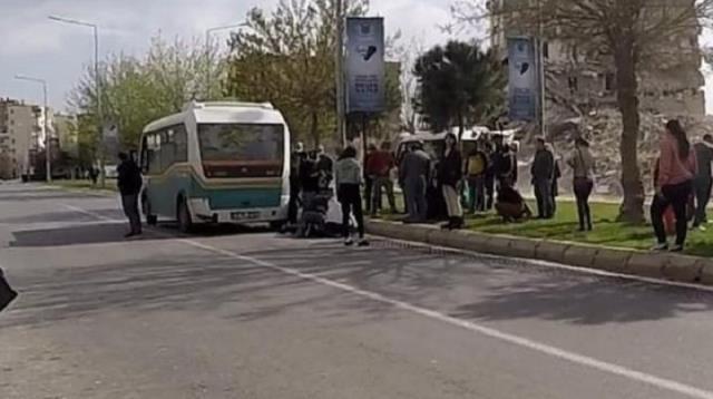 Minibüsün altında kalan üniversite öğrencisi yaşamını kaybetti
