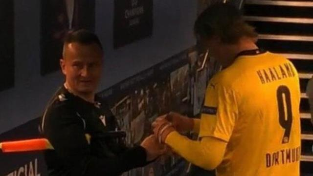 Things got messed up when the Romanian referee stopped Haaland, whose match he was directing, to get an autograph!  Here are the images