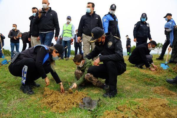 Son dakika haberi | Şehit 135 polis için Adana'da 135 fidan toprakla buluştu