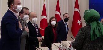Cemal Bekle: Son Dakika   Bakan Selçuk, Roman asıllı milletvekilleri ve vatandaşlarla bir araya geldi