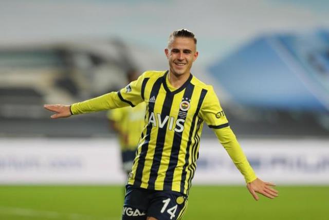 Pelkas'a kafayı takan zengin Rus ekibi, Fenerbahçe'ye yeni bir teklif daha yaptı
