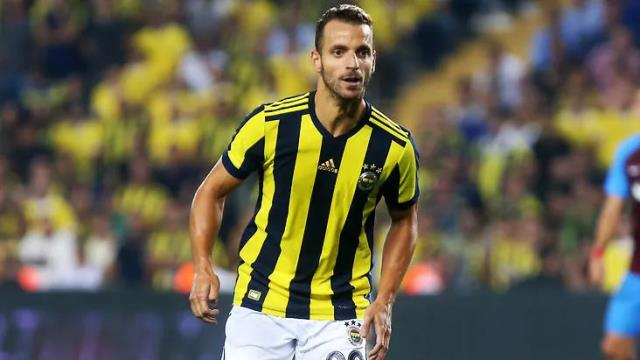 Soldado poured out years later: 'I was going to quit football because of F. Garden'