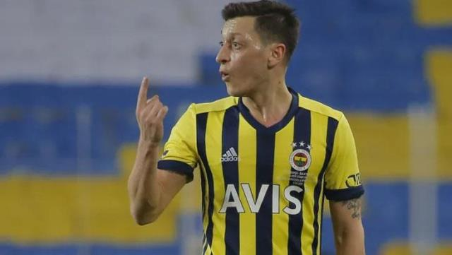 Mesut Özil, who increased his tempo, asked for the form, but this was rejected