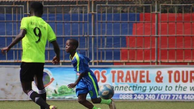 10-year-old professional Eric Marshall becomes the world's youngest footballer