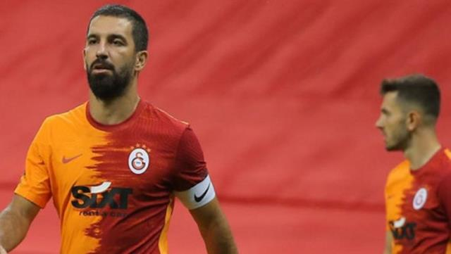 Arda shot the referee of the match with Yedlin's grave image: It was from gravity.