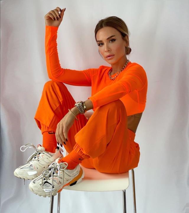 Canan Ergüder'in ardından genç şarkıcı Simal de meme kanserine yakalandı