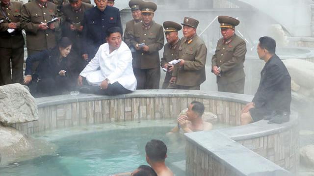 Kuzey Kore Lideri Kim Jong-un eğitim bakanını idam etti! İnfazın nedeni de olay kadar garip