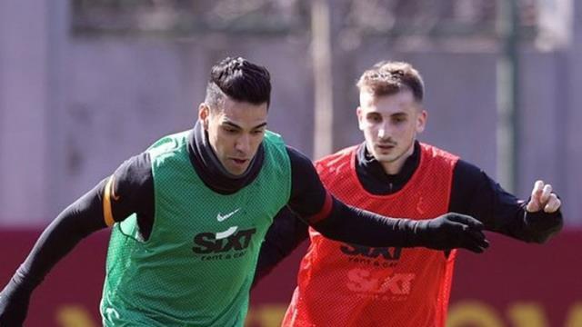 Galatasaray, Radamel Falcao'nun sakatlandığını açıkladı