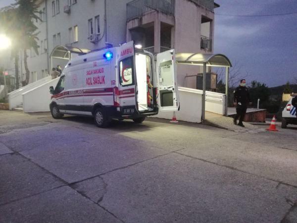 Hastanenin 3'üncü katından atlayan hırsızlık şüphelisi şahıs, hayatını kaybetti