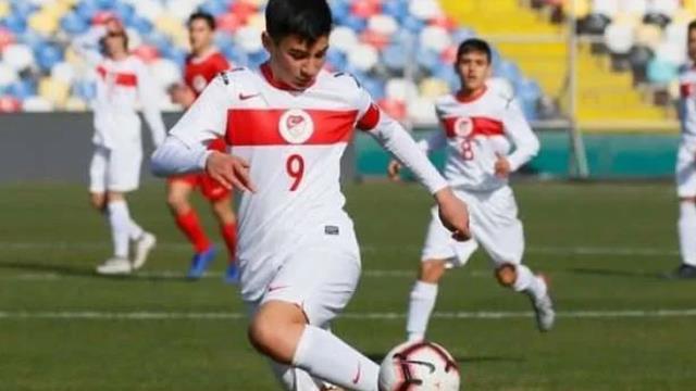 Kahraman polisimiz şehit Fethi Sekin'in yetenekli oğlu Burak, Milli Takım'a seçildi