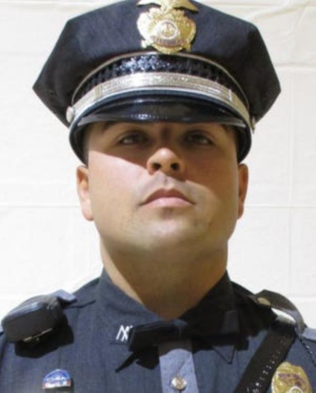 Uyuşturucu taciri, gözünü kırpmadan polisi makineli silahla taradı