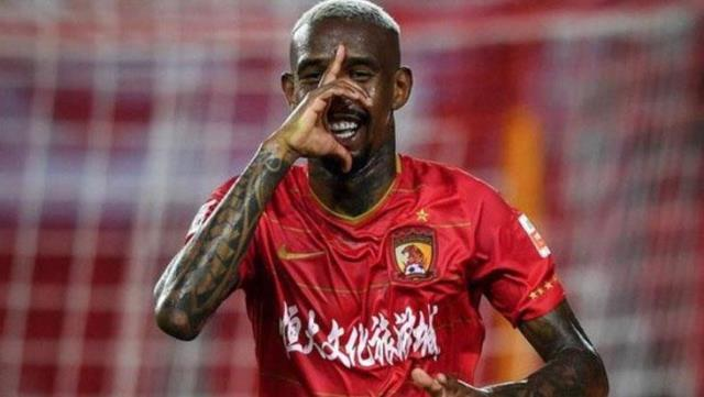 Talisca, wanting to leave China, winked at Turkish clubs