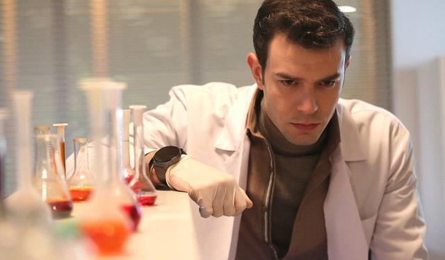 Hekimoğlu dizisinin başrol oyuncusu Aytaç Şaşmaz koronavirüse yakalandı