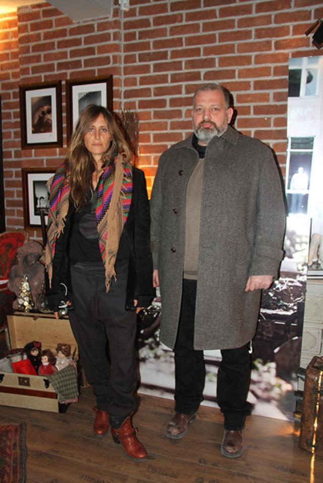 Oyuncu Serenay Sarıkaya, Haldun Demirhisar'la aşk yaşadığı iddiasını kesin bir dille yalanladı