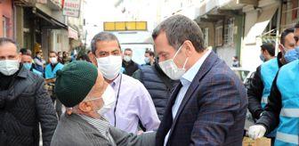 Ömer Arısoy: Zeytinburnu'nda sokaklar fesleğen kokusuyla baharı karşılıyor