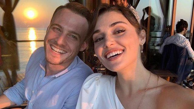 Partneri Kerem Bürsin'den ayrı kalamayan Hande Erçel, bu sefer de spor salonundan çağrı da bulundu