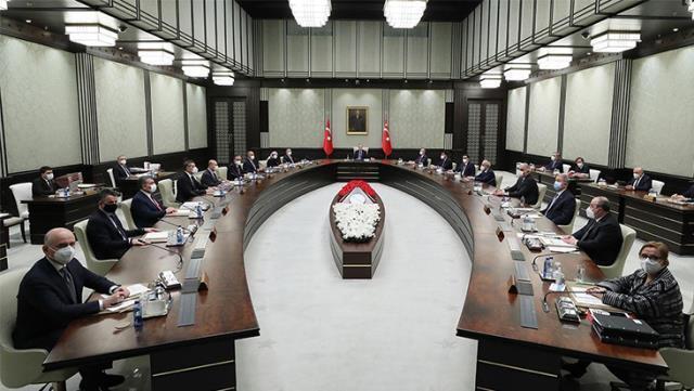 Son Dakika: Yeni yasaklar açıklandı mı? Yeni tedbirler nelerdir? 13 Nisan Kabine toplantısı yeni yasaklar nelerdir?