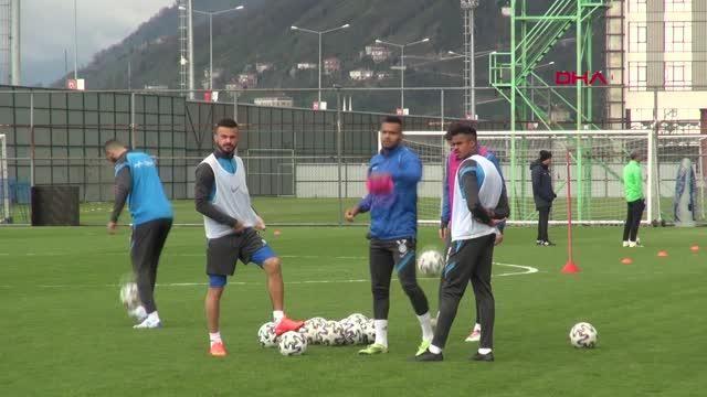 SPOR Çaykur Rizespor'un kalecisi Tarık: Antalyaspor maçında camiamıza üç puan hediye edeceğiz