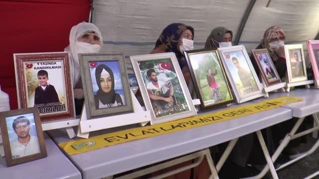 Son dakika haberleri... Diyarbakır anneleri, dağa kaçırılan çocuklarına 'teslim ol' çağrısında bulundu