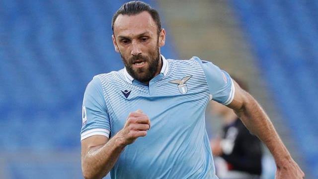 Fenerbahçe and Galatasaray once again fight for Muriqi, who is expected to leave Lazio