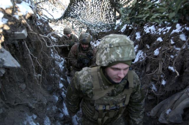 Rusya savaşa hazır! ABD'nin hamlesine yanıt gecikmedi, 2 askeri ve 3 hava indirme birliği sınıra konuşlandırıldı