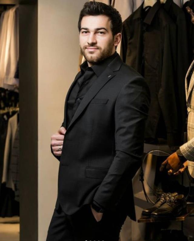 Azerbaycanlı şarkıcı Nicat Şakirli, hayran olduğu İbrahim Tatlıses'e yakın olmak için Türkiye'ye yatırım yaptı