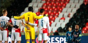 Granada: Arsenalli oyuncular 'Irkçılığa karşı diz çök'tü!