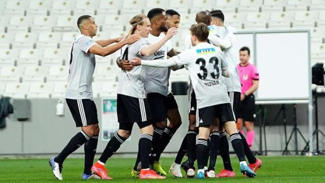 Kartal was wounded on the way to the championship!  Beşiktaş drew 2-2 against Ankaragücü on the field