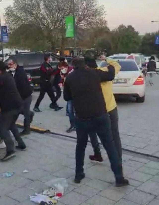 Silahlı kavgaya karışıp gözaltına alınan ünlü oyuncu Mustafa Üstündağ, olay gününü anlattı
