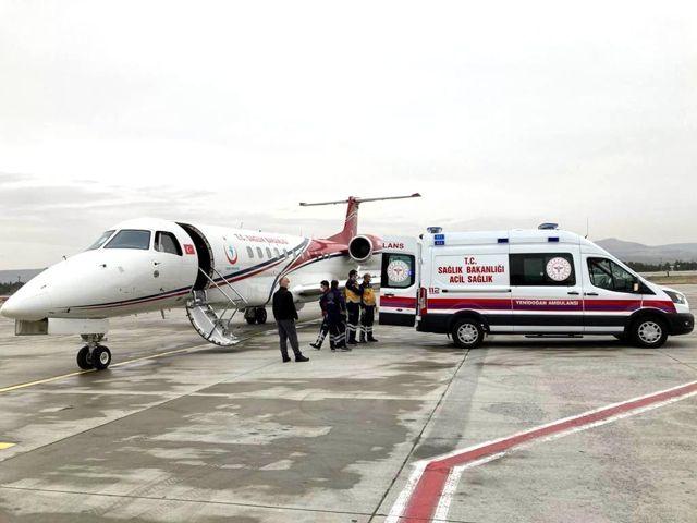Son dakika... Uçak ambulanslar bebekler için havalandı