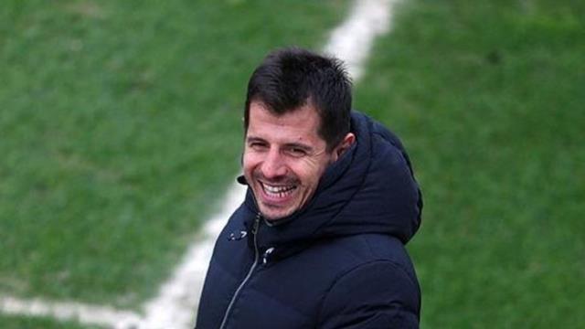 Emre Belözoğlu did not break the winners of the first 11 against Başakşehir, Gustavo retreated to the cabin again