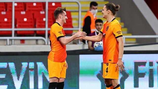 Göztepe'ye üç gol atan Kerem, 2016'dan bu yana hat-trick yapamayan yerlilerin kötü serisini bitirdi