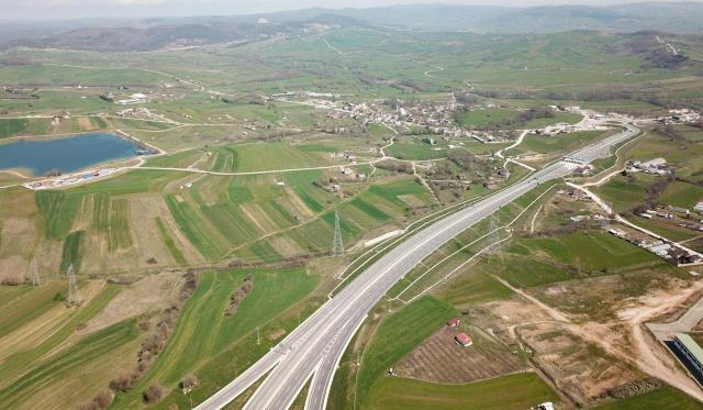 Kuzey Marmara Otoyolu'nun açılmasıyla Kocaeli'nin Körfez ve Derince ilçelerindeki araziler büyük değer kazandı