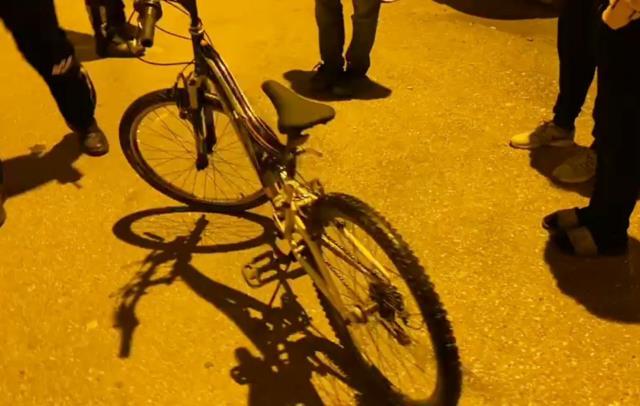 Çaldığı bisiklet ile bir gün sonra olay yerine gelince yakayı ele verdi