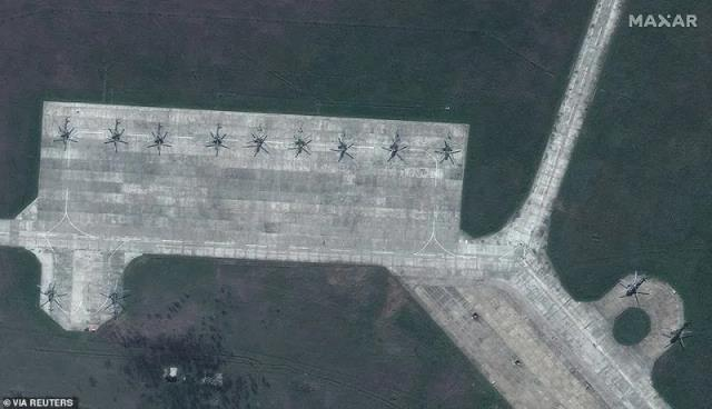 Uydu fotoğraflarıyla ortaya çıktı! Dakikada 1800 atış yapabilen bombardıman uçakları Putin'in talimatını bekliyor