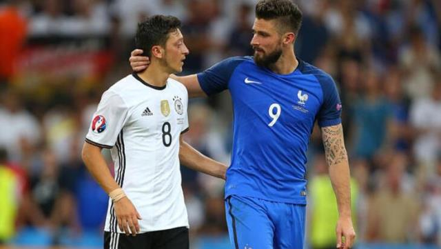 Mirror, one of the most important newspapers in England, claimed that Giroud agreed with Fenerbahçe