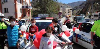 23 Nisan Ulusal Egemenlik Ve Çocuk Bayramı: Son dakika! Oltu'da polislerden 23 Nisan kutlaması