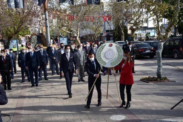 Son dakika haberi! GÜMÜŞHANE - 23 Nisan Ulusal Egemenlik ve Çocuk Bayramı törenlerle kutlandı