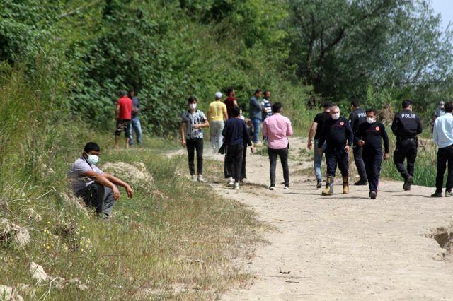 Son dakika haberleri... Antalya'da 19 yaşındaki genç, serinlemek için girdiği çayda hayatını kaybetti